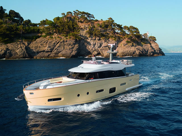 Shopboats azimut yachts triunfa no motor boat awards for Motor boat awards 2017